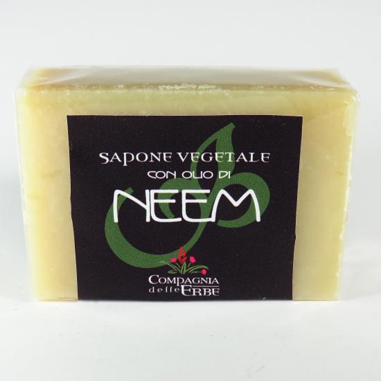 Sapone con olio di neem vegetale