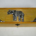 Scatola in legno con elefante in alpacca
