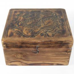 Scatola in legno con drago